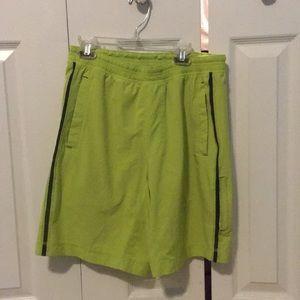 Lululemon men's lime green shorts sz M 57363